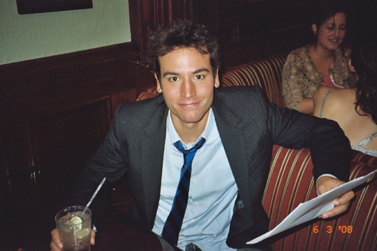 Ted-Mosby-ted-mosby-18599317-540-360