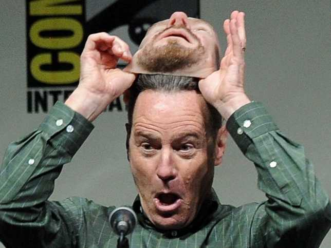 breaking-bad-actor-bryan-cranston-walked-around-comic-con-wearing-a-heisenberg-mask-and-no-one-knew