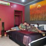 hotelroom2