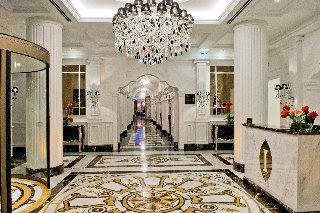 hotel intercontinental porto vence pr mio europeu espalha factos. Black Bedroom Furniture Sets. Home Design Ideas