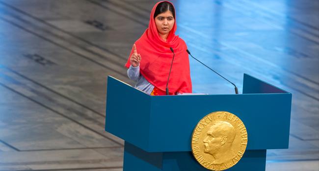 Malala discursa ao receber o Prêmio Nobel da Paz