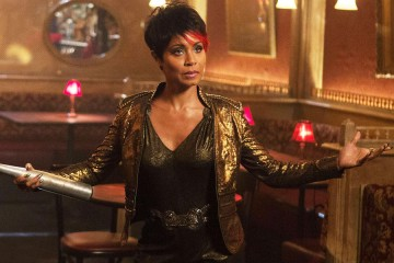"GOTHAM: Fish Mooney (Jada Pinkett Smith, R) and Butch Gilzean (guest star Drew Powell, L) pay Oswald Cobblepot a visit in the ""Welcome Back, Jim Gordon"" episode of GOTHAM airing Monday, Jan. 26 (8:00-9:00 PM ET/PT) on FOX. ©2015 Fox Broadcasting Co. Cr: Jessica Miglio/FOX"