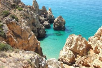 rock-algarve-sea-beach