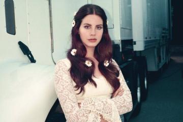 Lana Del Rey em foto promocional do álbum Lust for Life