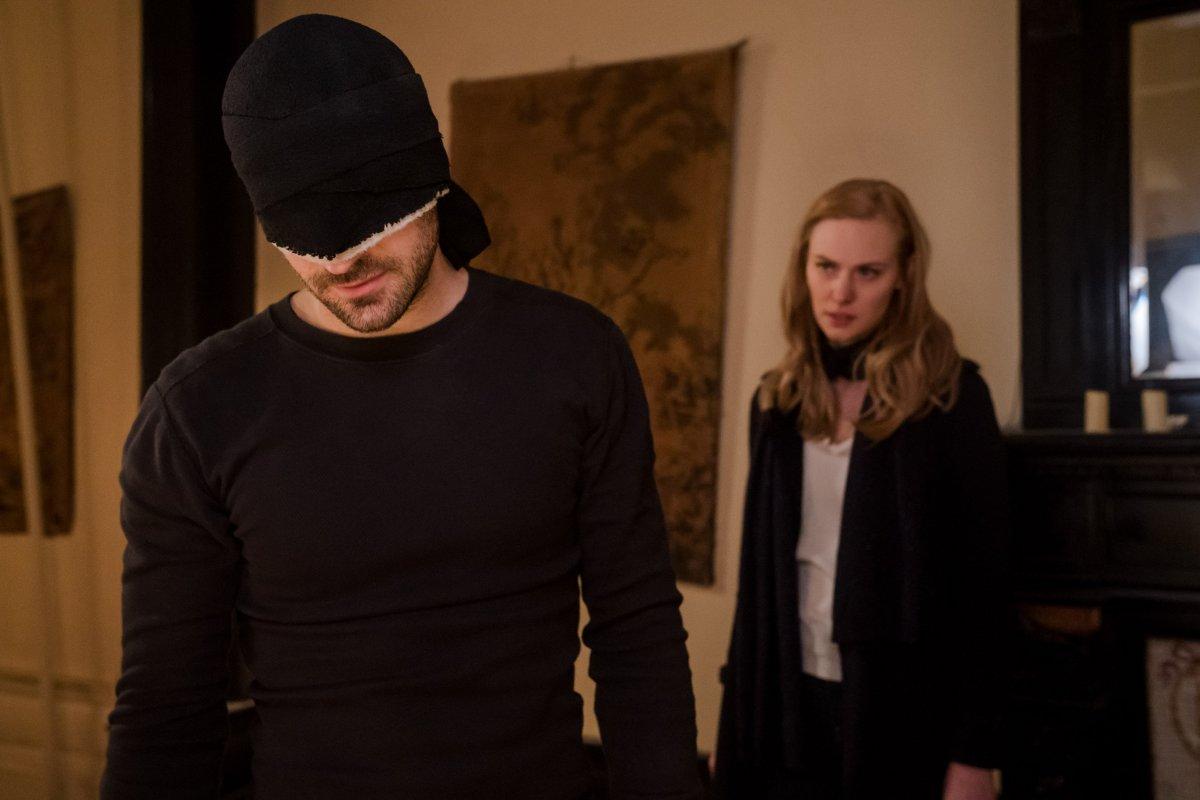 Daredevil e Karen em Daredevil Temporada 3