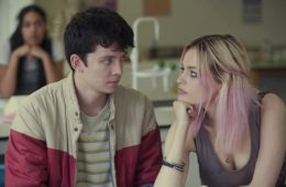 Asa Butterfield e Emma Mackey em Sex Education