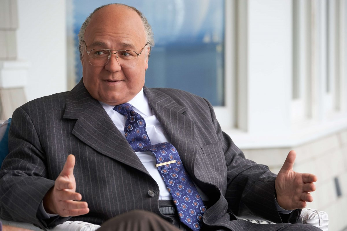 Russel Crowe como Roger Ailes em The Loudest Voice
