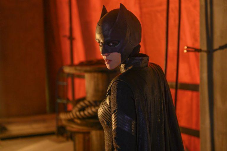 Ruby Rose é Batwoman