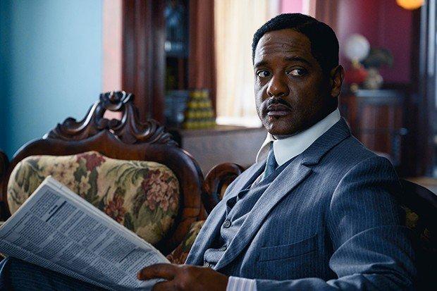 Blair Underwood como Charles Walker