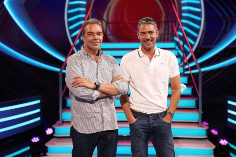 Nuno Santos e Cláudio Ramos no estúdio do Big Brother