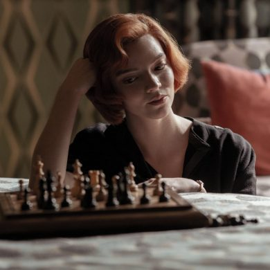 Anya Taylor-Joy em Gambito de Dama