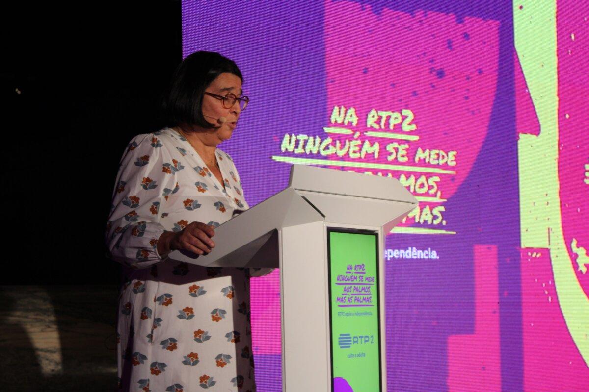 """Teresa Paixão profere discurso contra elitismo no canal: """"queremos ser uma ponte"""". Fotografia: Luzia Lambuça"""